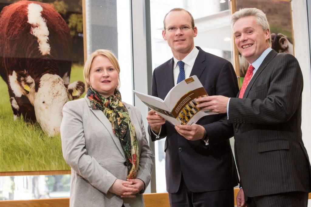 Pictured at the launch of the new Teagasc/Bank of Ireland research on the financial status of Irish farms are Fiona Thorne, Economist with Teagasc, the Minister for Agriculture, Food and the Marine Simon Coveney, T.D., and Mark Cunningham, Director, Bank of Ireland Business Banking.